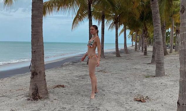 Stefanie de Roux on her beach days at Buenaventura Beach Resort